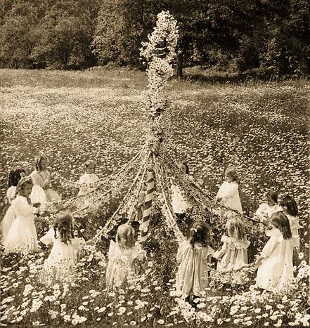 Dance the Maypole