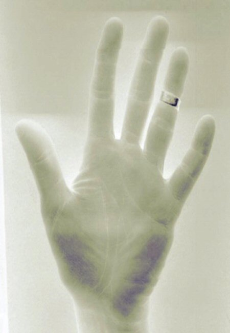 pink handNEGATIVE